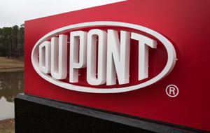 DuPont Maintains Rating on Negative Watch
