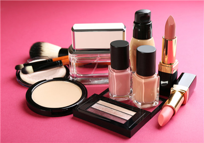 China's cosmetics market is changing around high-end products