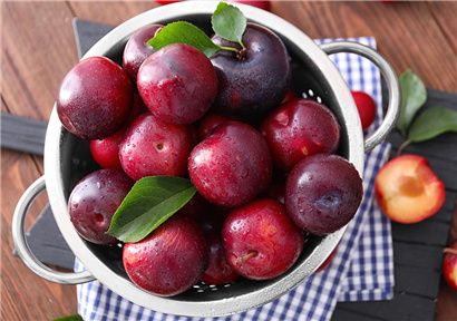Vitamin K affects the prognosis of the COVID-19, California plum demand surges