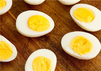 Egg prices are rising seasonally as temperatures continue to rise