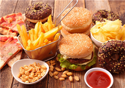 Eating junk food or damaging spatial memory