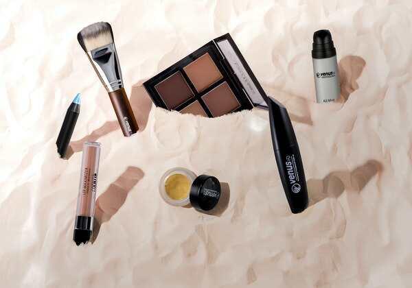 Mini cosmetics  streamlined J-beauty continues to grow