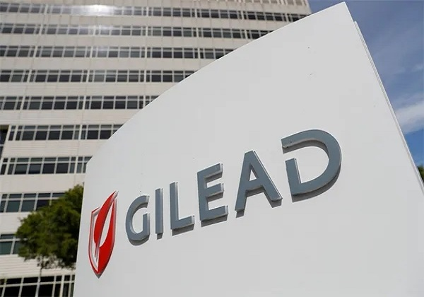 Pfizer signs deal to manufacture Gilead's remdesivir