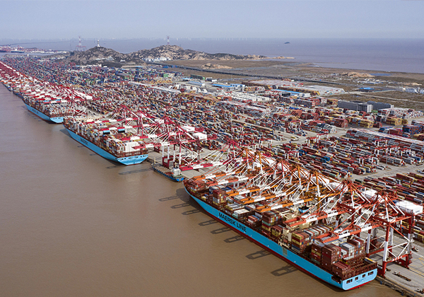 The freight rate is soaring and the port is blocked!